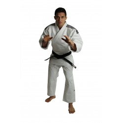 Kimono de Judo Adidas J930 IJF-M1